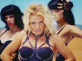 Клип Бритни Спирс запретили в Англии
