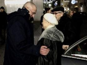 Ходорковский встретился с родителями в Берлине (ВИДЕО)