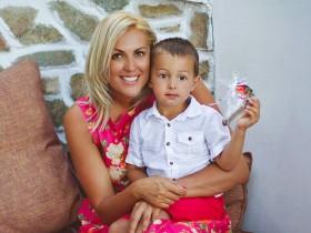 Яна Клочкова с сыном