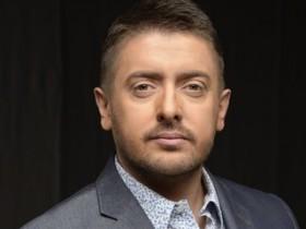 Алексей Суханов сдружился со змеей