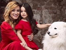 Ксюша Бородина с дочкой