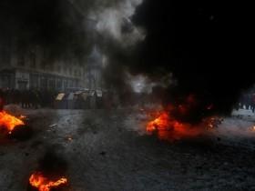 """Не известные пробились и завоевали сооружение ТРК """"Киев"""""""
