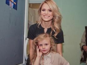 О. Фреймут с дочерью