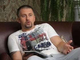 "Серега просит Путина ""не греть на груди гадюку-Януковича"""