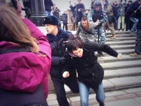В Москве вчера разогнали антивоенный митинг (ВИДЕО)