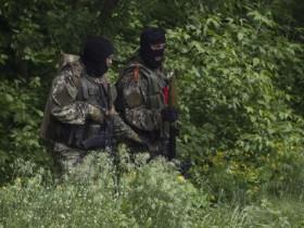 Сепаратисты стреляют пулями, пробивающими каску и бронежилет