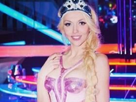 Аня Полякова