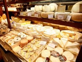 молоко,сыр