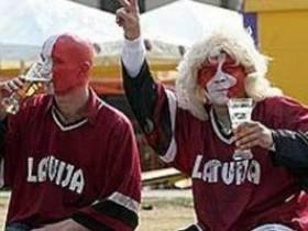 Фанаты,Латвия