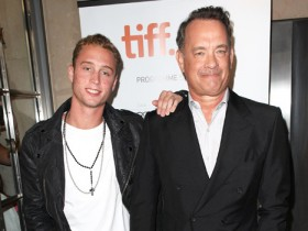 Том Хенкс с сыном