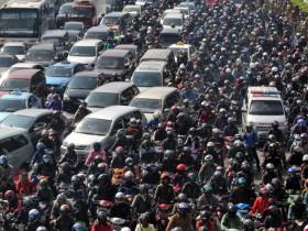 пробки Джакарта