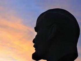 памятник,Ленину