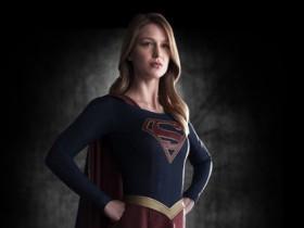 """CBS заказал производство сериала """"Супергерл"""""""