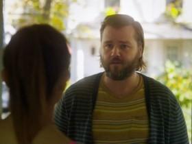 """Hulu продлил комедию """"Бездельник"""" на третий сезон"""