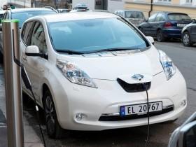 Nissan Leaf,электромобиль,
