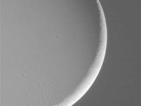 Спутник Сатурна признан самым пригодным местом для жизни
