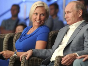 """Видео дня: Рабство в """"ДНР"""" и новая любовь Путина"""
