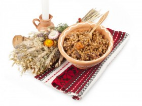 Яства на Священной день: 12 унылых рецептов