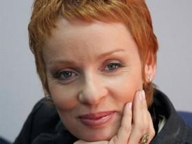 Жанна Эппле