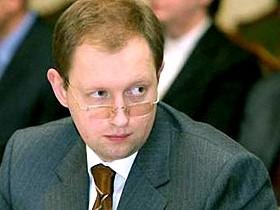 Ющенко не желает чтобы Яценюк стал его переемником?