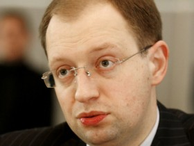 Яценюк не желает оказываться «преемником Ющенко»