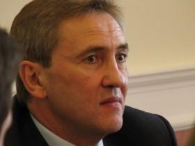Черновецкий толкает Киев в долговую яму