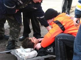 В Одесской обл. молодой автолюбитель навис на заборе в Opel