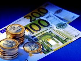 Euro продолжает снижение