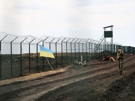 стена с Россией