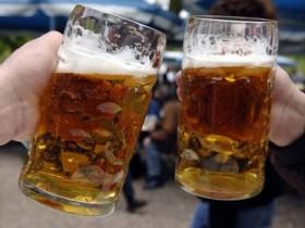 Граждане Тернополя не могут употреблять пивко в лифтах