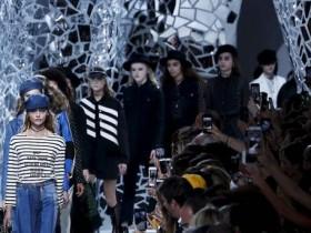 Показ Christian Dior в Париже
