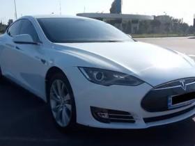 Tesla за 6 биткоинов