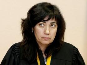 Лариса Цокол