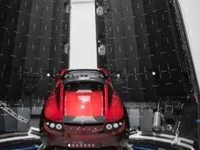 Электромобиль Tesla Roadster