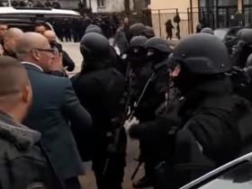 задержание в Косово