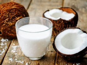 Консервированное кокосовое молоко