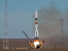 Союз МС-10