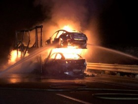 автовоз пожар