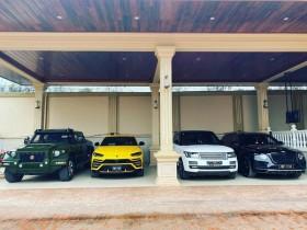 Range Rover и Bentley Bentayga.