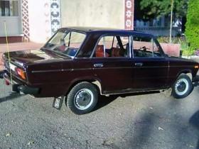 33-летний ВАЗ-2106