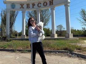 Украинка с собачкой