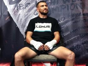 Ломаченко