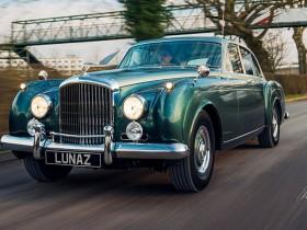 электрический Bentley
