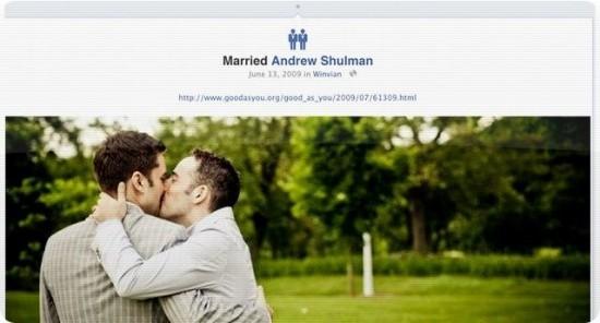 Фейсбук добавил свежие домашние статусы