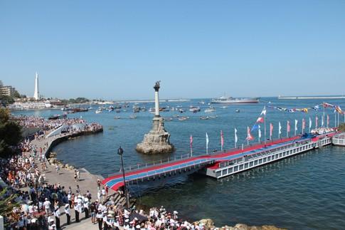 День ВМФ в Севастополе прошел легко