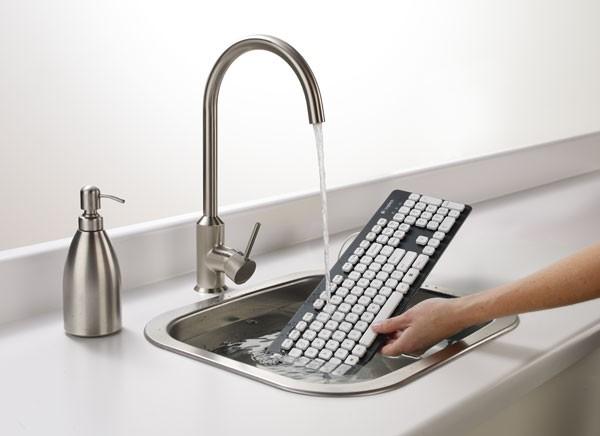 Первая моющаяся клавиатура