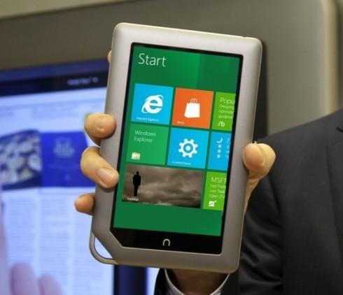 Barnes Noble известна собственным доступным планшетником Nook Tablet