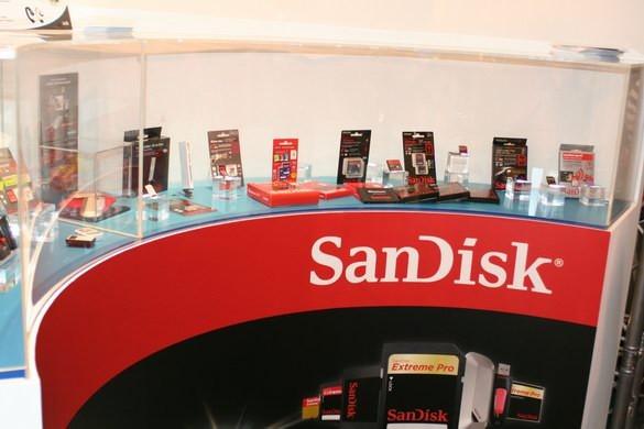 SanDisk организовала празднование 25-летия флеш-памяти