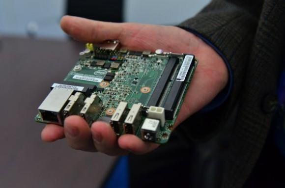 Мини-ПК Intel NUC в реализации в 2016 году за $399