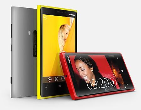 Нокия Люмия 820 - свежий телефоны на основе ОС Виндоус Phone8